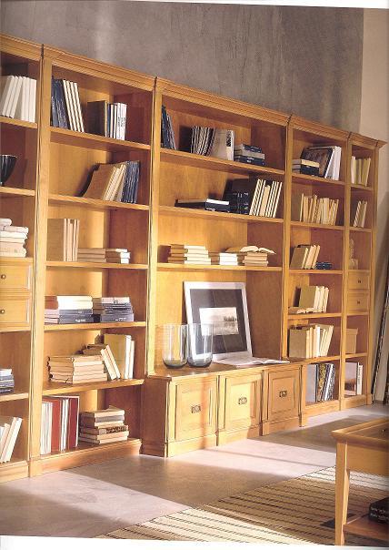 Libreria classica con capitelli ilma mobili produzione e for Libreria in vendita