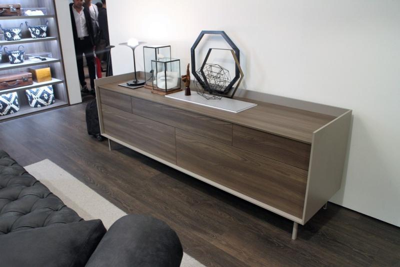 Credenza Moderna Noce Canaletto : Moderno u2013 ilma mobili produzione e vendita parma